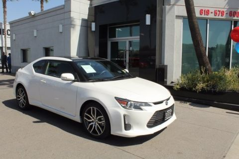 Pre-Owned 2015 Scion tC Base FWD 2D Coupe