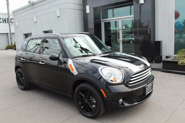Pre-Owned 2012 MINI Cooper Countryman Base